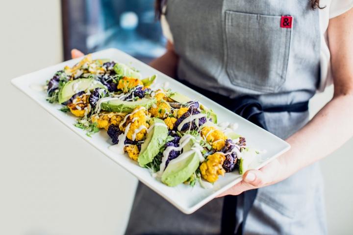 avocado cauliflower salad